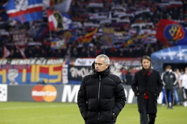 """Mourinho: """"El Basilea ganó porque estábamos dormidos"""""""