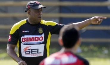 """Hernán Medford: """"Mi equipo habla en la cancha"""""""