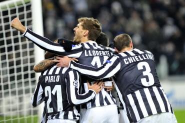 Vidal realza las opciones de clasificación del Juventus