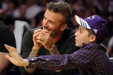 El hijo de Beckham intenta entrar en la academia del Manchester