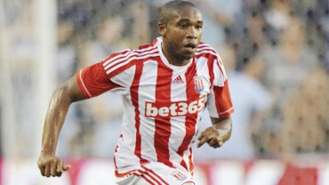 Wilson Palacios y Stoke City ganan en la Premier League