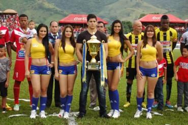 ¡Color de la Gran Final del fútbol Hondureño en Tocoa!