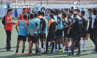 Vargas pasa la escoba en el Olimpia