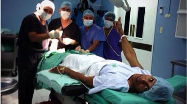 Carlo Costly decidió someterse a una cirugía