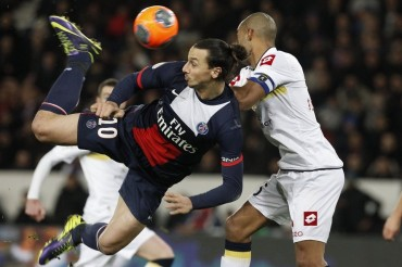 El PSG golea al colista Sochaux con doblete de Ibrahimovic