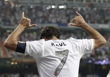 Raúl aconseja al Madrid que no se confíe ante el Schalke