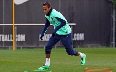 Neymar estrena look en el 2014