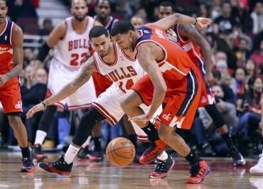 John Wall e Hilario sorprenden a los Bulls en el United Center
