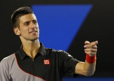 Novak Djokovic vence con autoridad a Denis Istomin