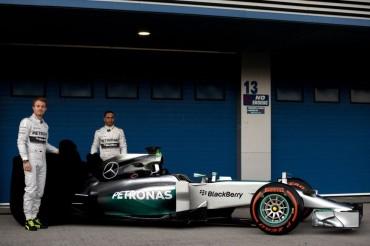 Mercedes presenta su nuevo coche