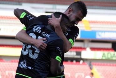 Lacayo marca en México con el Santos