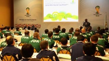 Nombrados los tríos de árbitros para el Mundial de Brasil 2014