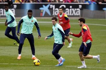 Messi, aún sin el alta médica