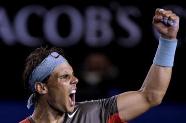 Nadal aplasta a Federer y jugará su tercera final en Australia