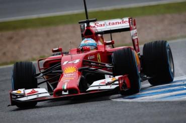 Fernando Alonso completa sin problemas 509 kilómetros