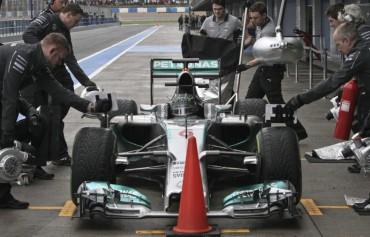 En Mercedes se quitan presión
