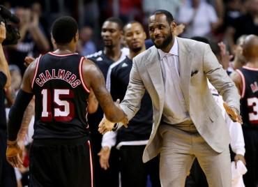La baja de LeBron no afecta a los Heat; Oden, titular