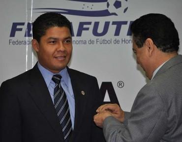 Armando Castro mejor árbitro del 2013