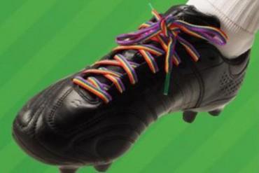 Italia llevará cordones arcoiris contra la homofobia