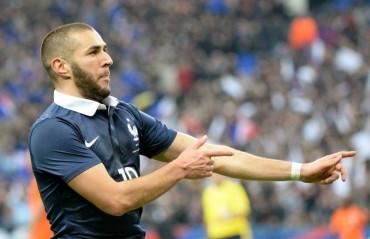 Un gran Benzema guía a Francia frente a Holanda
