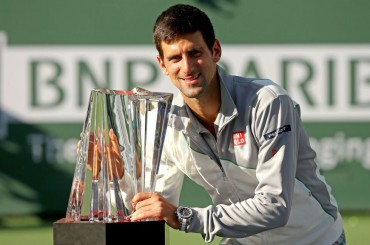Djokovic aplaca a Federer en la final de Indian Wells