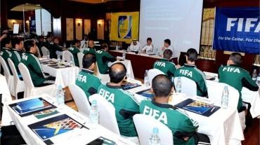 VIDEO: Los árbitros se preparan para la Copa Mundial de la FIFA