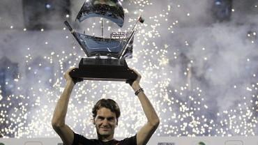 Federer se corona otra vez en Dubai