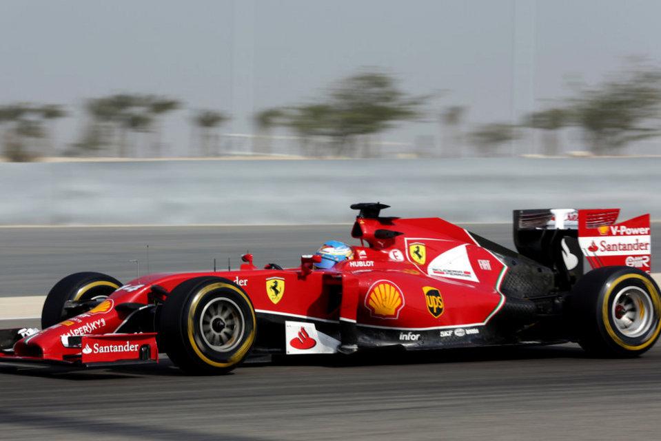 Fernando-Alonso-en-el-test-de-_54403067843_54115221152_960_640