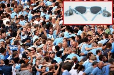 El City regala gafas con retrovisor a sus hinchas