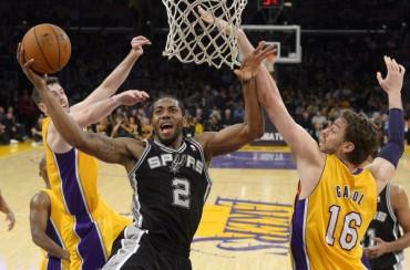 Los Spurs vuelven a dominar a los Lakers