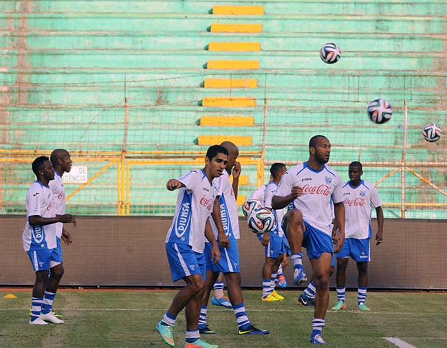 FBL-FRIENDLY-HONDURAS-TRAINING