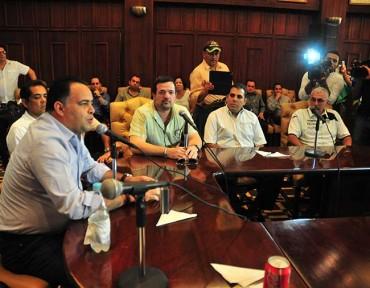 Armando Calidonio y los regidores, le dieron el apoyo moral al Marathón