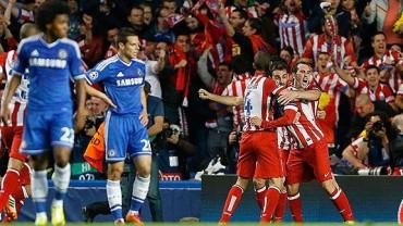 Atlético venció al Chelsea y la Champions League se definirá con derbi madrileño