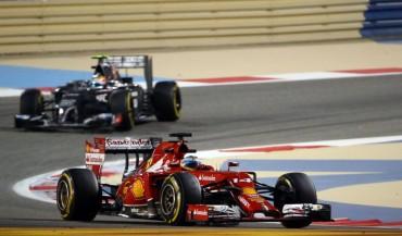 Fernando Alonso lidera el otro campeonato tras los Mercedes