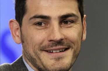 """Casillas: """"Cuando vea a Busquets le daré un tirón de orejas y poco más"""""""