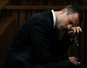 Pistorius pide perdón por la muerte de su novia en el tribunal