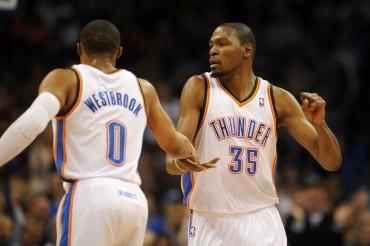 Durant y Westbrook abusan de los Clippers y empatan la serie