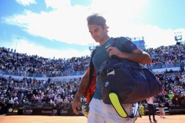 'Papá Federer' cae y llegará a Roland Garros con poco rodaje