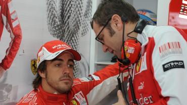 "Fernando Alonso deja a Justin Bieber sin 'selfie': ""Estoy muy ocupado"""