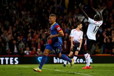 El Liverpool empata tras ir ganando 0-3 y deja en bandeja la Premier al City