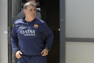 Tata defiende a Pep y el estilo de toque del Barça