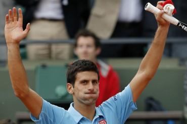 Djokovic, en cuatro sets a octavos de final
