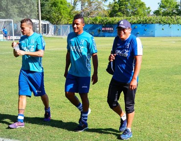Boniek, Peralta y Garrido se retiran de entreno