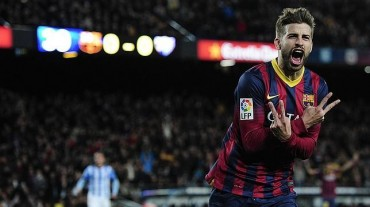 Piqué renueva por cinco años con el Barcelona