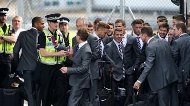 Hombre se infiltra en delegación inglesa