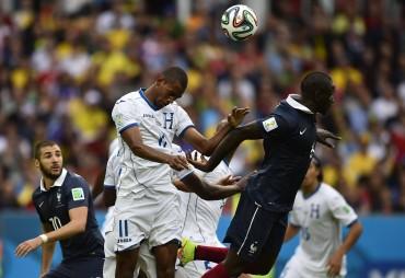 Francia golea a Honduras (3-0) en su estreno en el Mundial