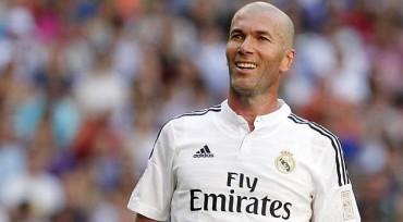 """Zidane: """"Voy a seguir en el Madrid"""""""