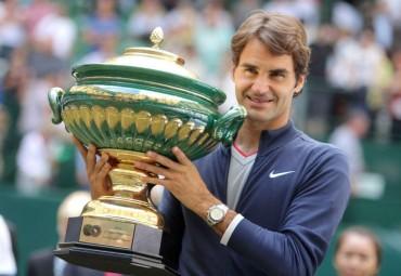 Federer vence a Falla y obtiene así su séptimo trofeo en Halle