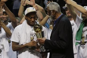 Kawhi Leonard se lleva el MVP de las Finales de la NBA
