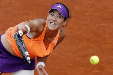 Sharapova deja sin premio gordo a Muguruza en Roland Garros